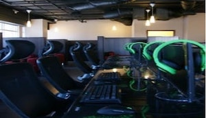 Fantastinet FNET Gaming Internet Cafe in Rowland Heights, Los Angeles California